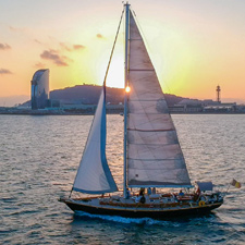 Barcelona_sailing_sunset-T23
